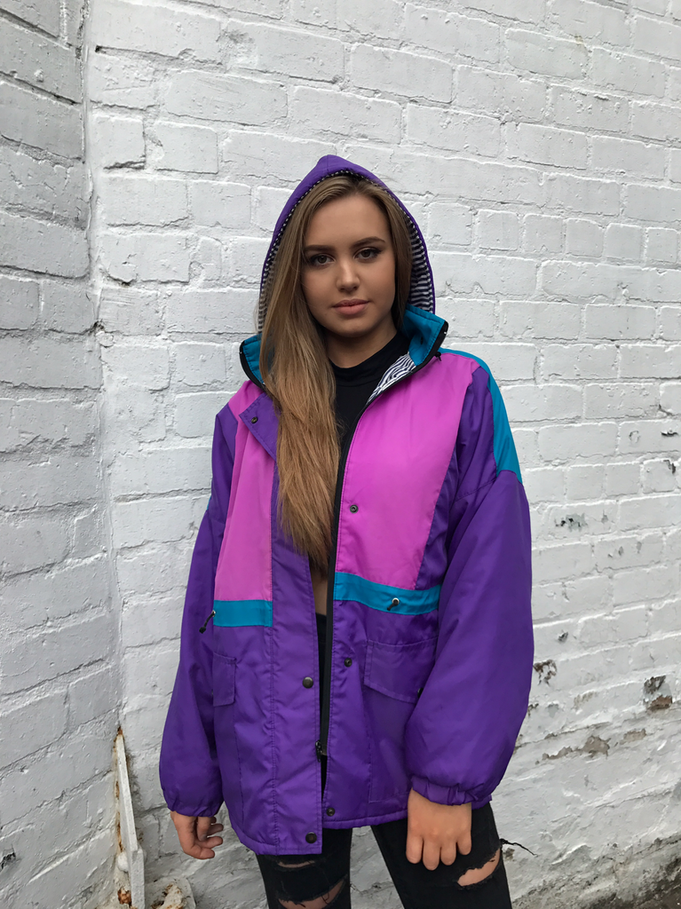 Vintage Oversized Windbreaker Unisex Hooded Mac Shell Rain Jacket