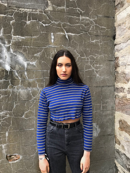 Vintage Stripe Raw Cut Cropped Sweater Turtle Neck Navy