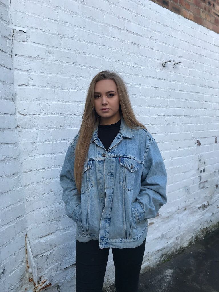 Vintage Levi Oversized Unisex Mid Blue Denim Jacket