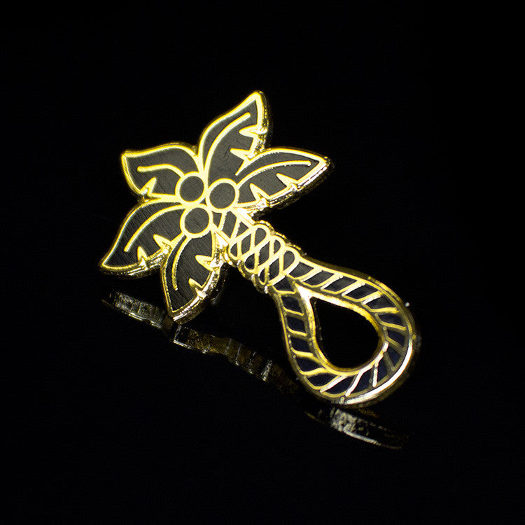 ColdToes - Tropical Death Pin (black/gold)