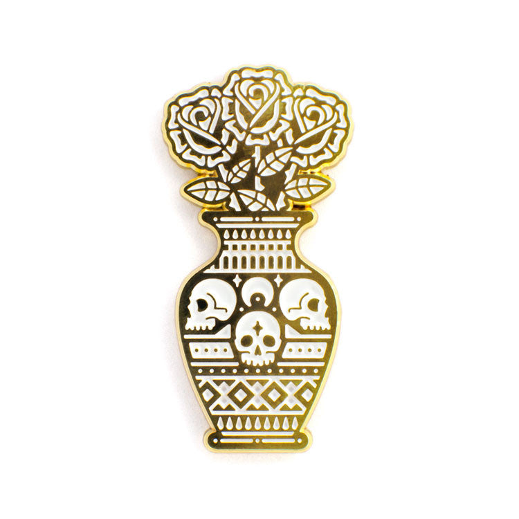 ColdToes - Still Life pin (gold)
