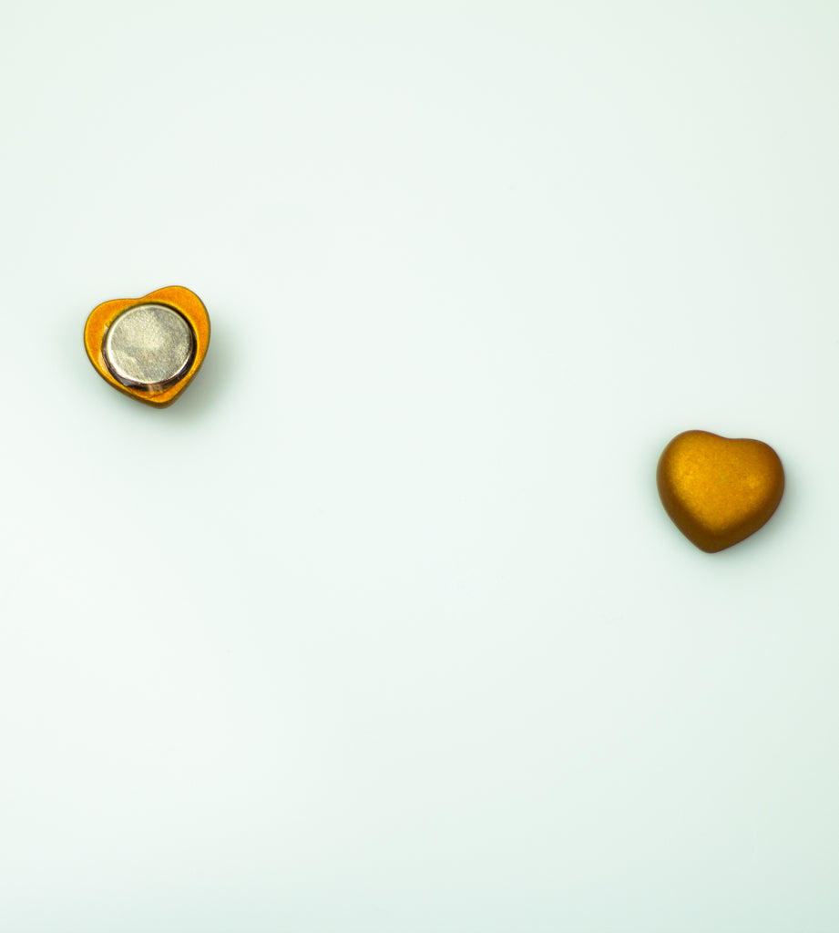 Matte Magnetic Heart Pin - Gold