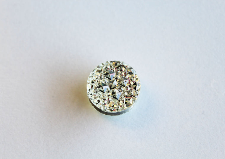 Rhinestone Magnetic Pin - Crystal