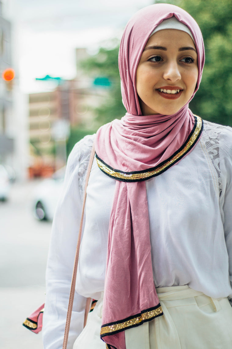 Gold Trim Jersey Hijab - Light Blush
