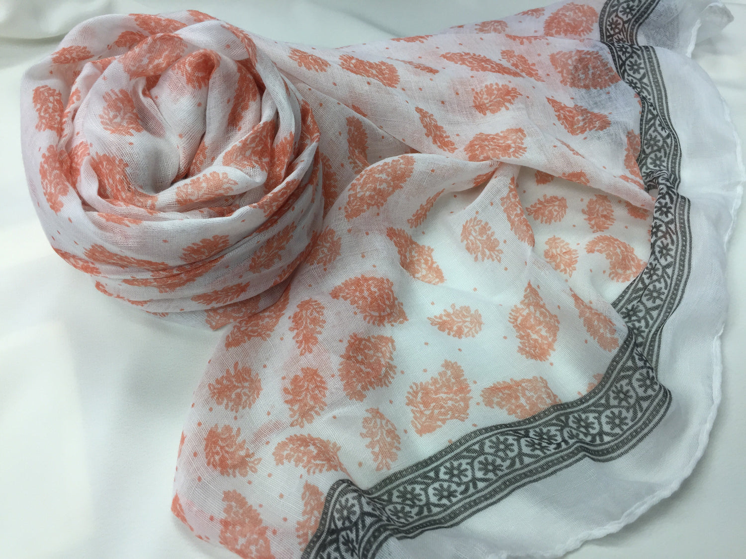 Spring Morning Hijab- Salmon