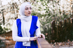 Shimmer Pleated Hijab - Silver
