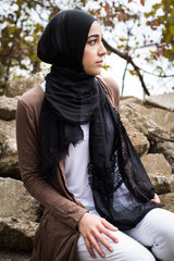 black viscose hijab with lace on the ends