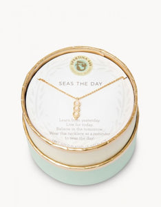Sea La Vie Seas the Day Necklace - Gold