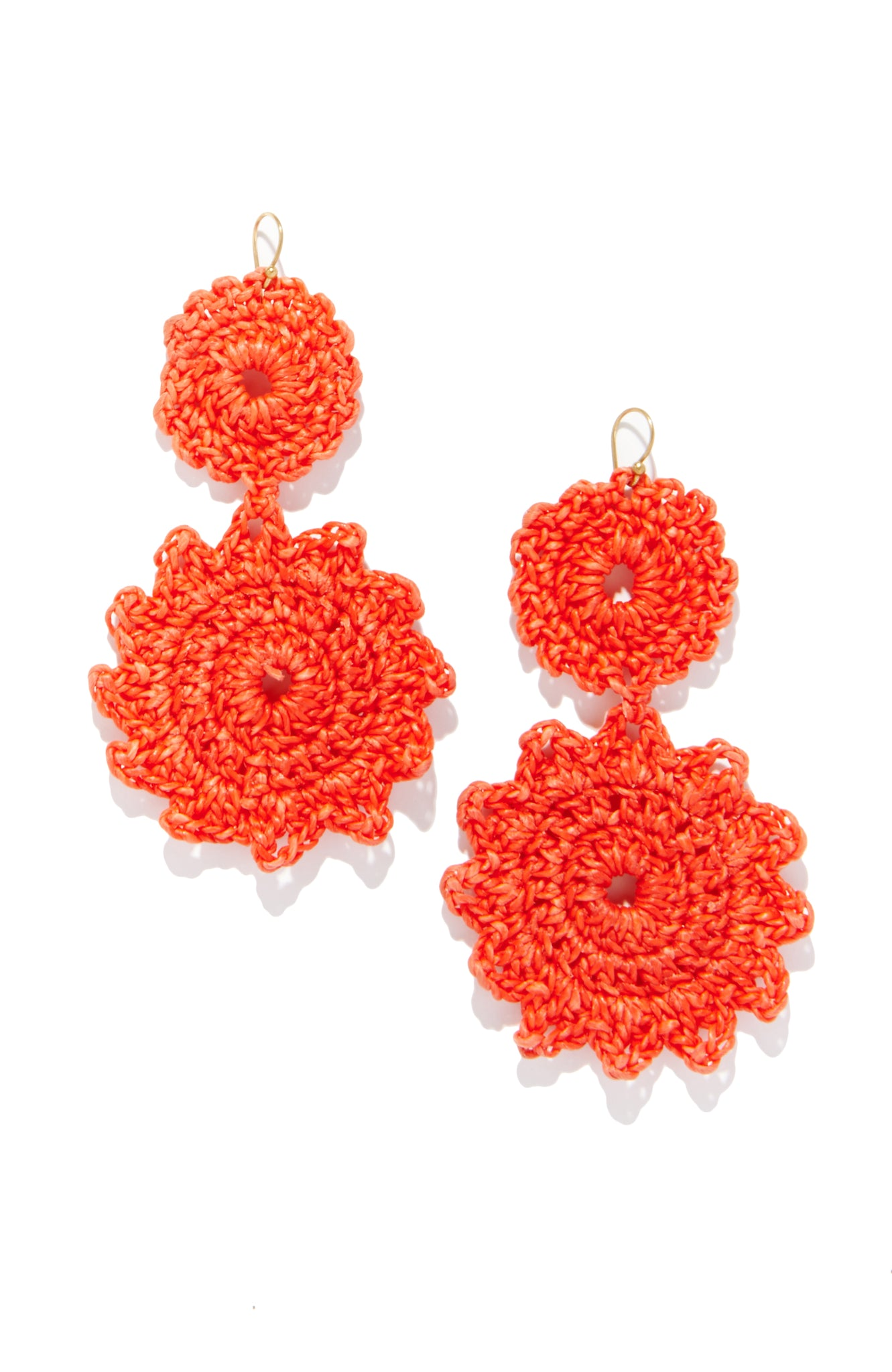 MACRAME EARRINGS - Coral