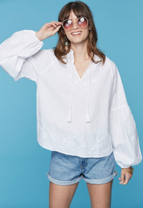 Padmi Embroidery Ama Top - White