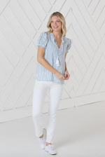 Load image into Gallery viewer, Short Sleeve Tassel Top