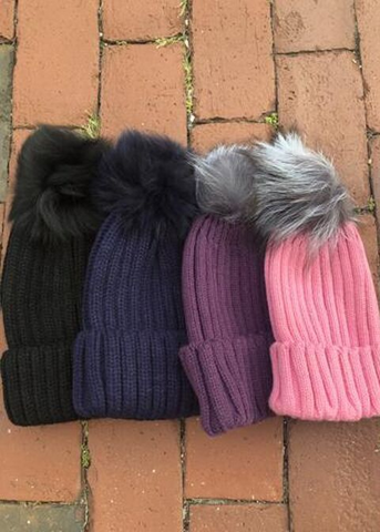 Pom Pom Hat - Ribbed Fur