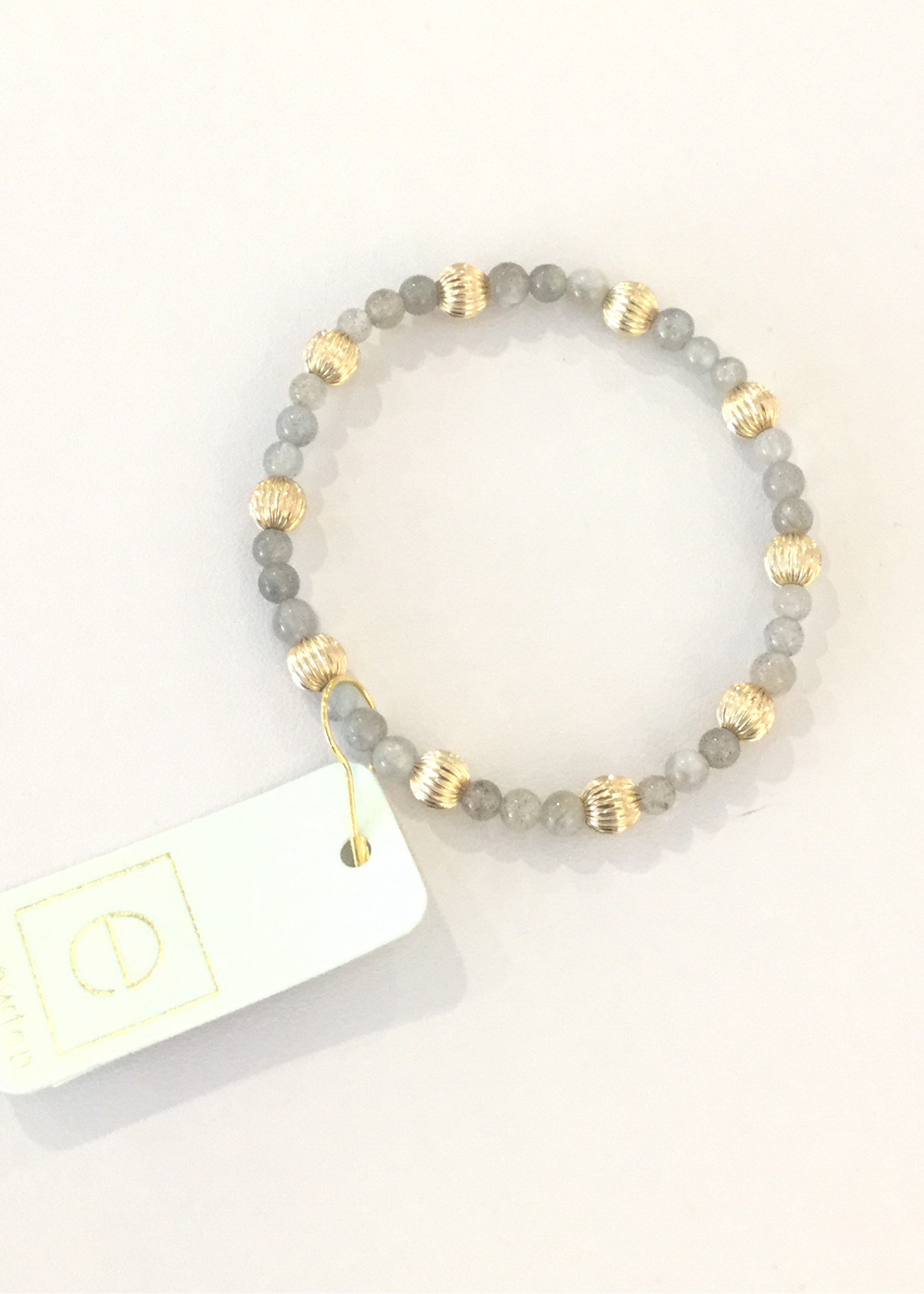 Bead Bracelet - Sincerity Pattern 4mm Dignity Gold 6mm Labradorite