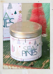 Sea Pines 8.5oz Holiday Tin Candle