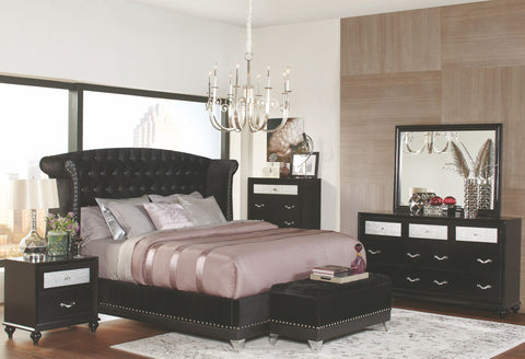 Barzini Black Upholstered Upholstered Platform Bedroom Set