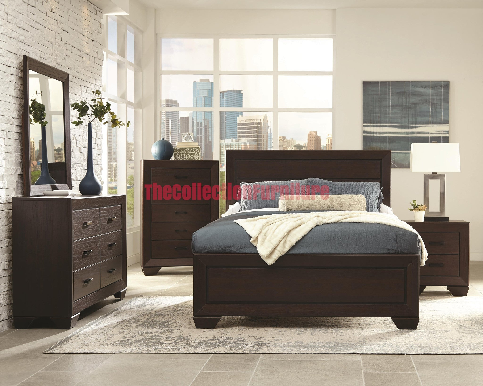 Lasheri 4-Piece Bedroom Set