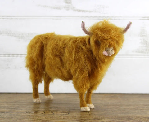 Hamish The Highland Cow | Needle Felting Kit