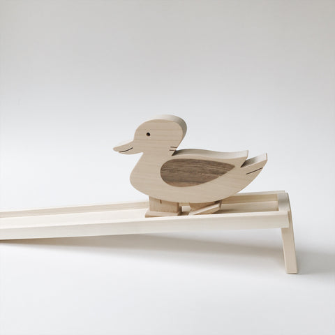 Wooden Walking Duck Toy - Andnest.com