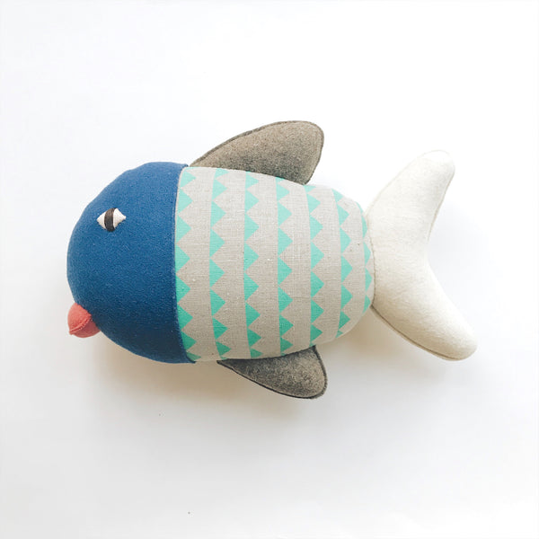 Burel Fish Pillow A - Andnest.com