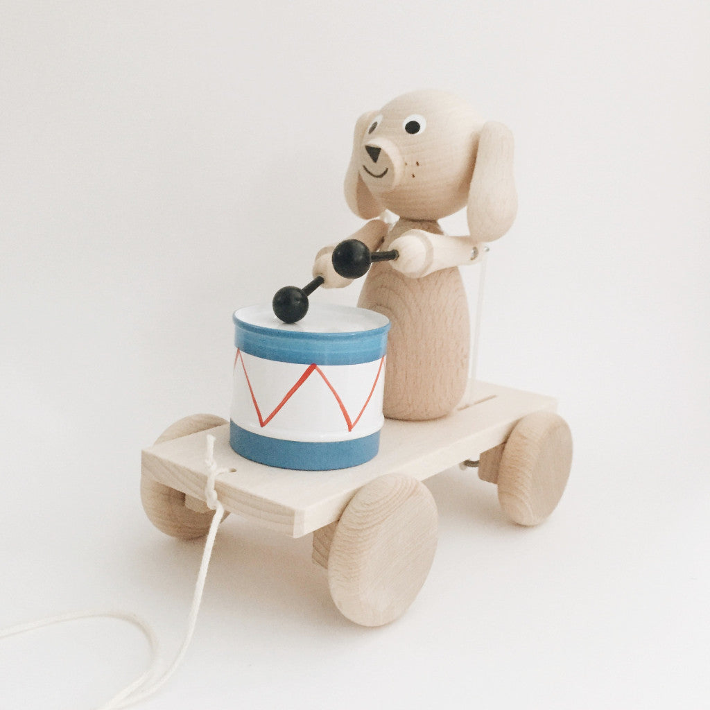 Wooden Pull-Along Puppy With Drum - Andnest.com