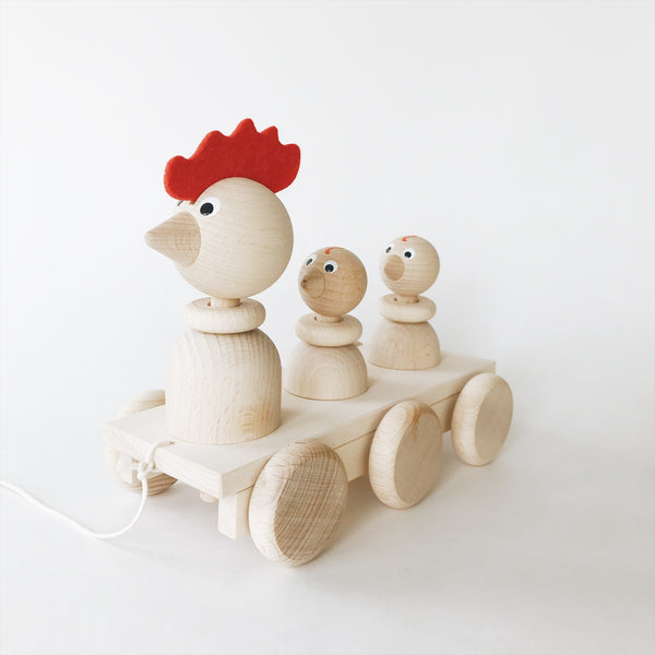 Wooden Pull-Along Rooster and Chicks - Andnest.com