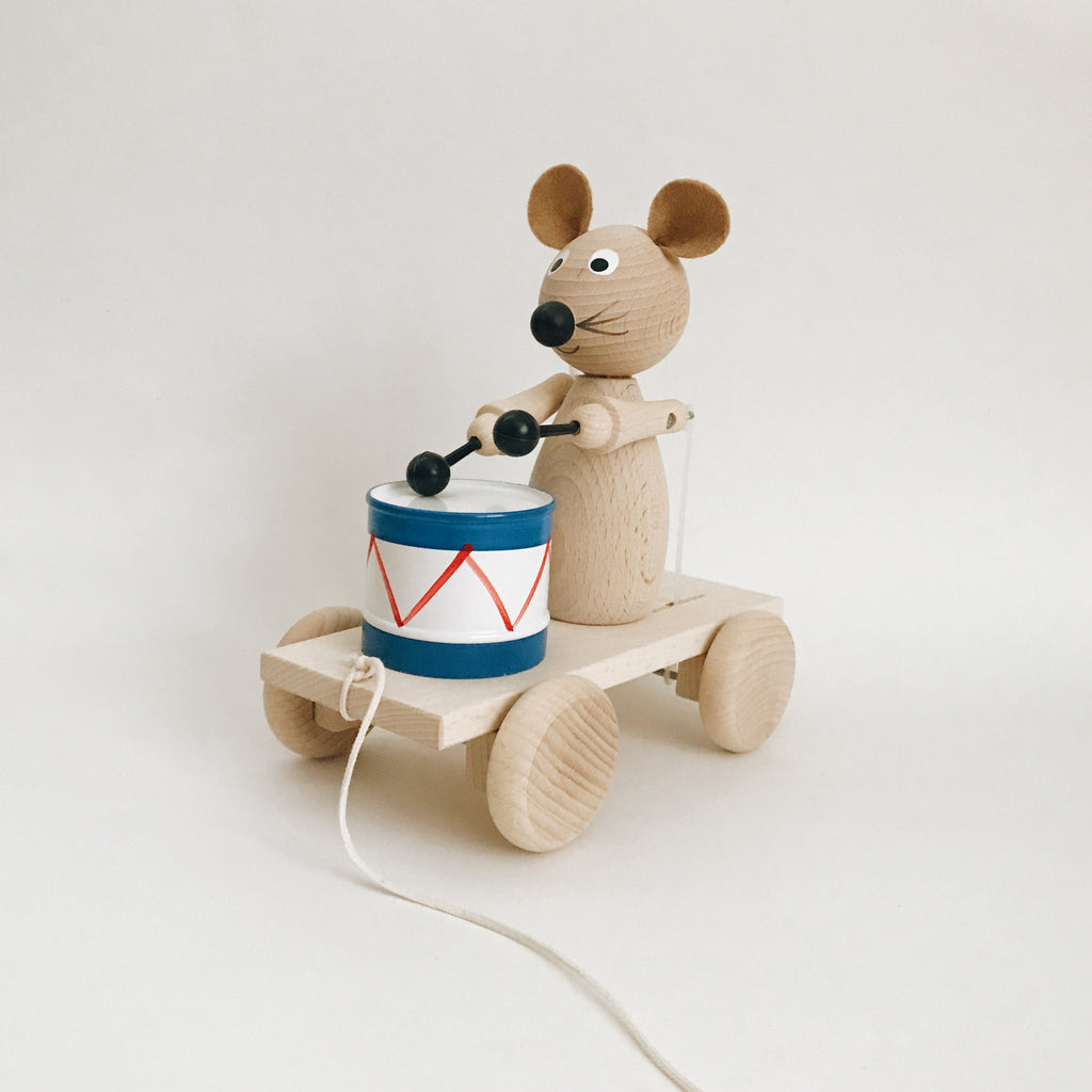 Wooden Drummer Mouse Pull-Along - Andnest.com