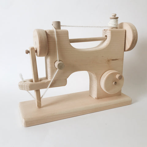 Wooden Sewing Machine - Andnest.com