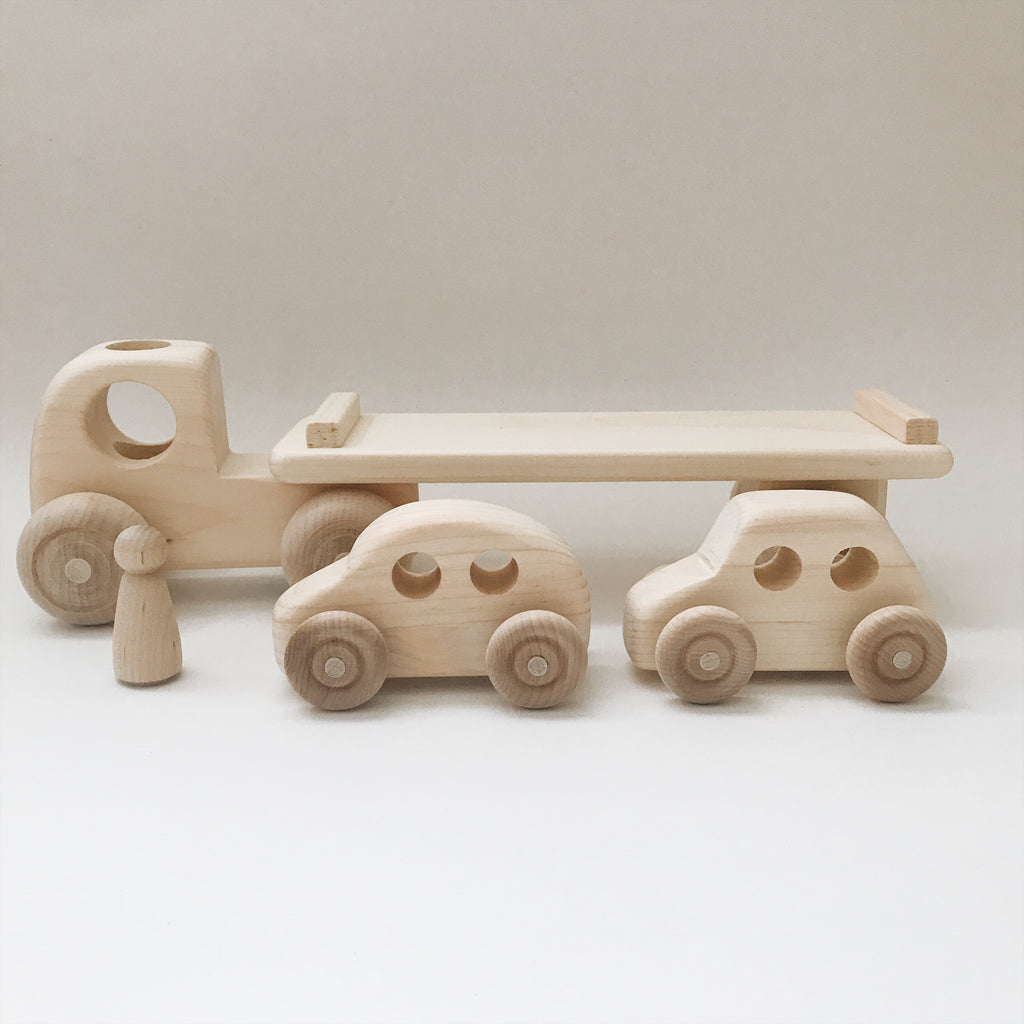 Wooden Car Carrier Truck and Cars with One Truck, Two Cars and One Driver - Andnest.com