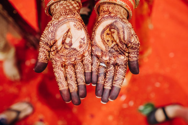 difference between natural henna and black henna