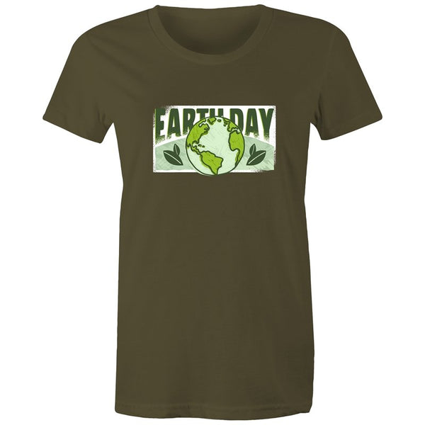 Women's Earth Day T-shirt - The Hippie House