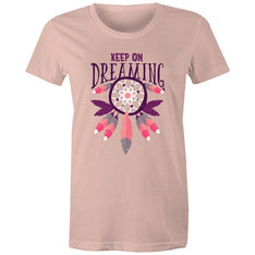 Women's Keep On Dreaming T-shirt - The Hippie House