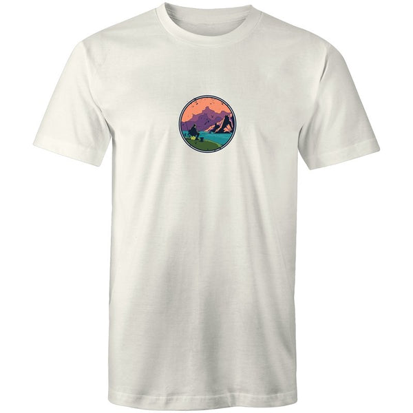 Men's Lakeside Fishing T-shirt - The Hippie House
