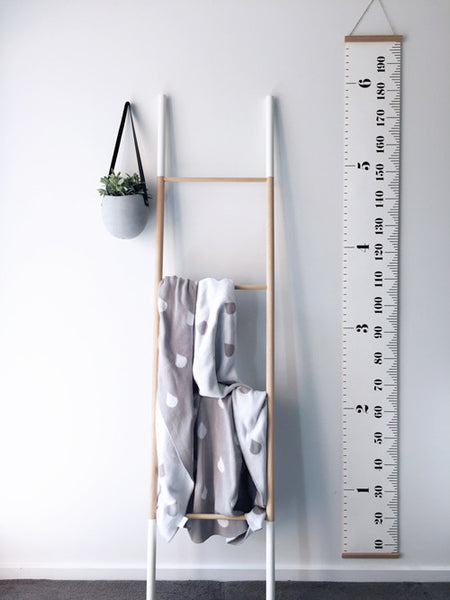 Canvas Height Chart - White