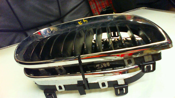 BMW 1 series 2007 E87 set of kidney Grille 51137128614