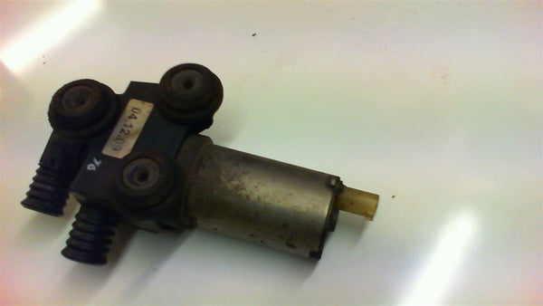 BMW 1 series  E 87 Additional Water Pump . 64118369806