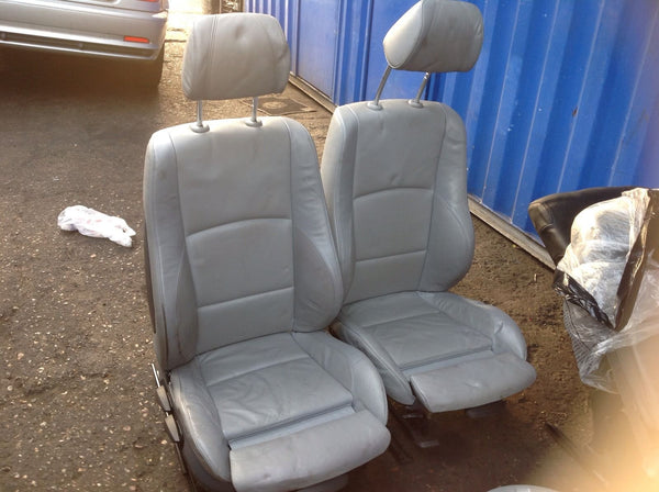 BMW 1 SERIES E87 06 SPORT LEATHER (REAR SEAT BASE MISSING)