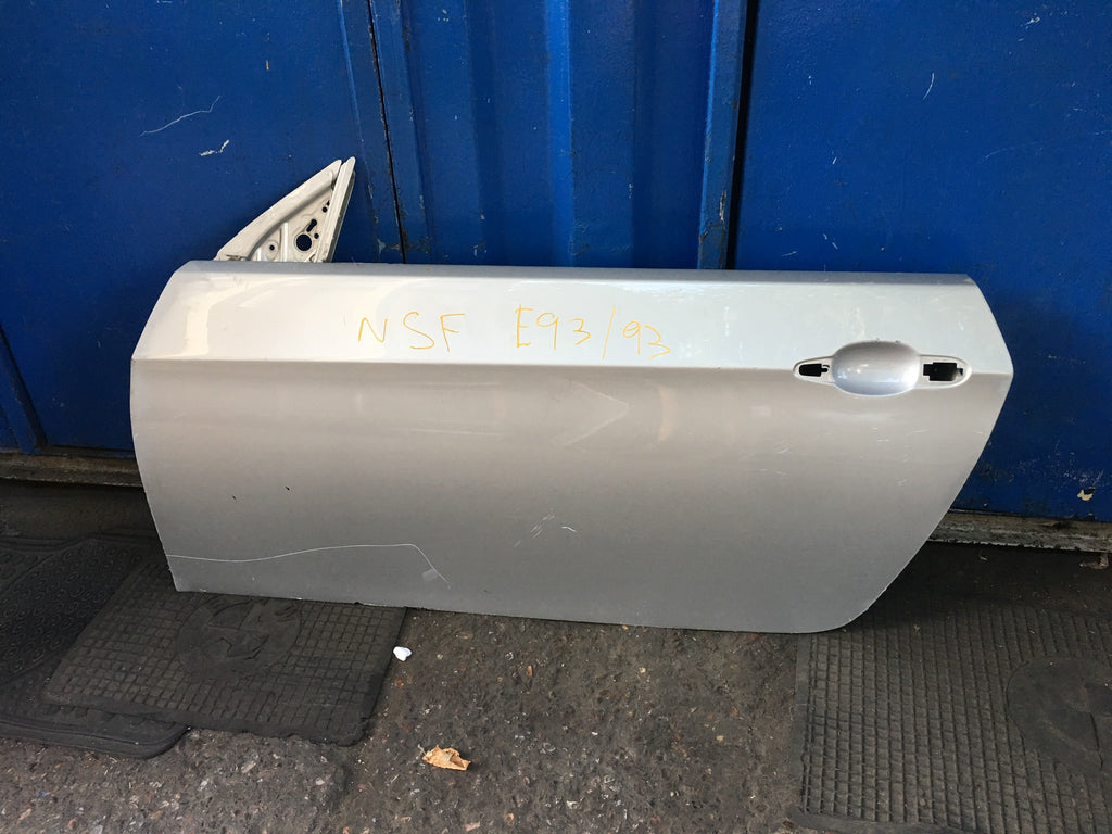 BMW 3 series 2010 convertible E93 passenger side door shell needs Respray