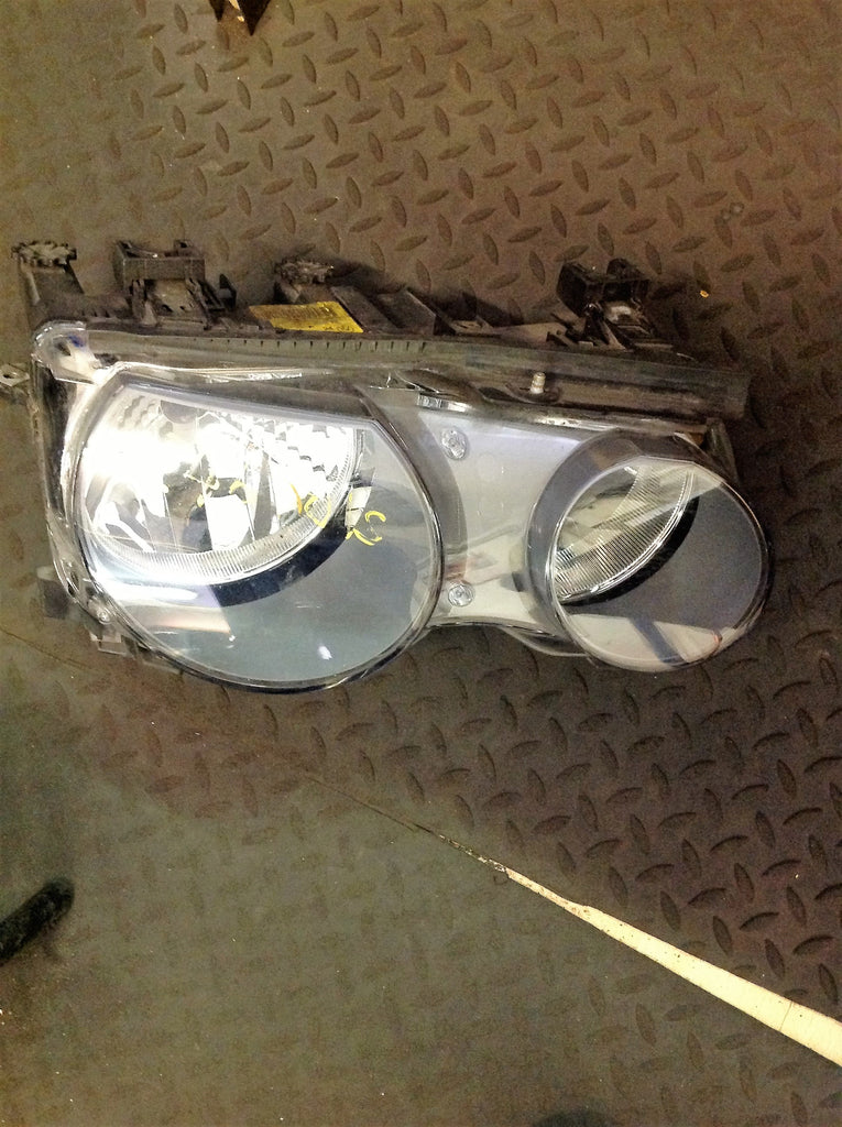 Bmw 3 series 2004 E46 Compact passenger side Headlight