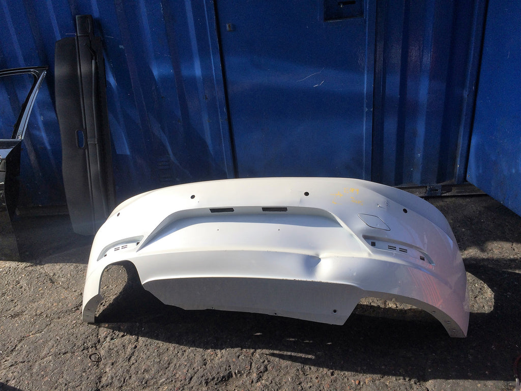 BMW Z4 E89 2015 REAR BUMPER STANDARD. COLOUR MAY DIFF