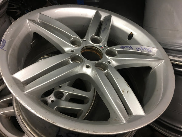 8036939 BMW 3 SERIES F30 2015 ALLOY WHEEL SCUFFED OBSERVE PICTURE