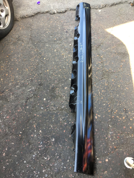 BMW 3 SERIES 2003 E46 COUPE PASSENGER SIDE SKIRT MAY NEED RESPRAY