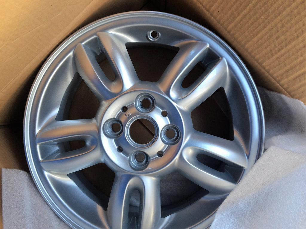 6791930 NEW BMW MINI ALLOY WHEEL FOR R575.5JX*15. 5 STAR TWIN SPOKE