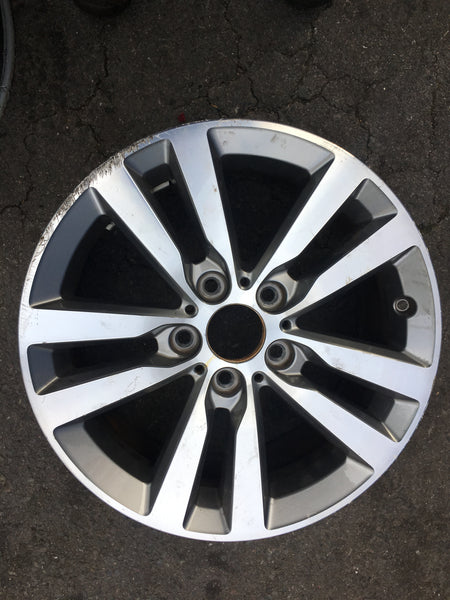 6866303 1 Series Bmw 2017 F20 17inch alloy wheel