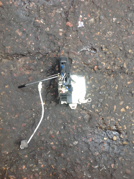 BMW 5 SERIES 2002 E39 PASSENGER SIDE REAR DOOR LOCK