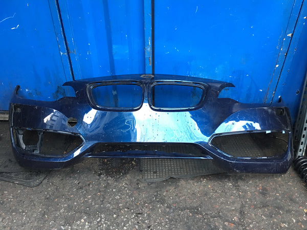 51117293829 BMW 2 Series 2015 f22 front standard bumper in blue needs respray