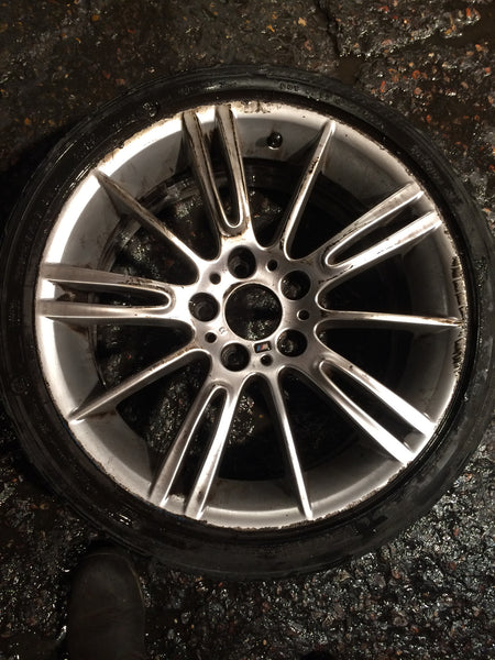 "36118036933 BMW 3 SERIES E 93 18"" 193M MV3  FRONT ALLOY WHEEL 36118036933 SCRATCH"