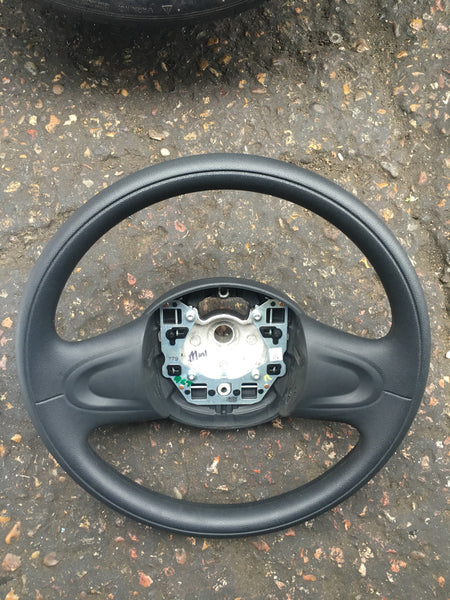 BMW MINI 2008 R56  STREEING WHEEL
