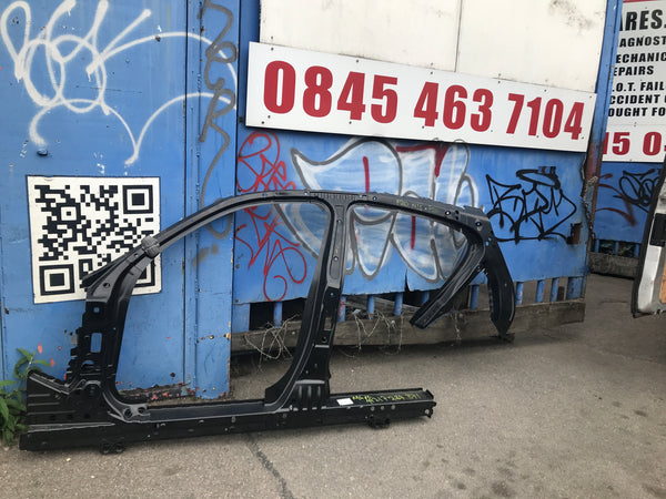 BMW 1 Series 2019 frame. Pick up only
