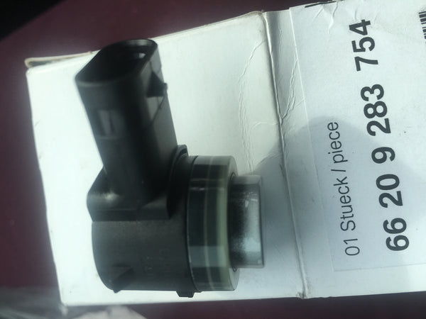 66209283754 BMW X5 2016 PDC ASSIST SENSOR (NEW) IT IS COMPATIBLE WITH 7 SERIES 2016