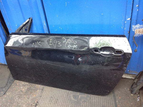 BMW 3 SERIES E92 E93  2009 passenger side Door shell in black needs RESPRAY